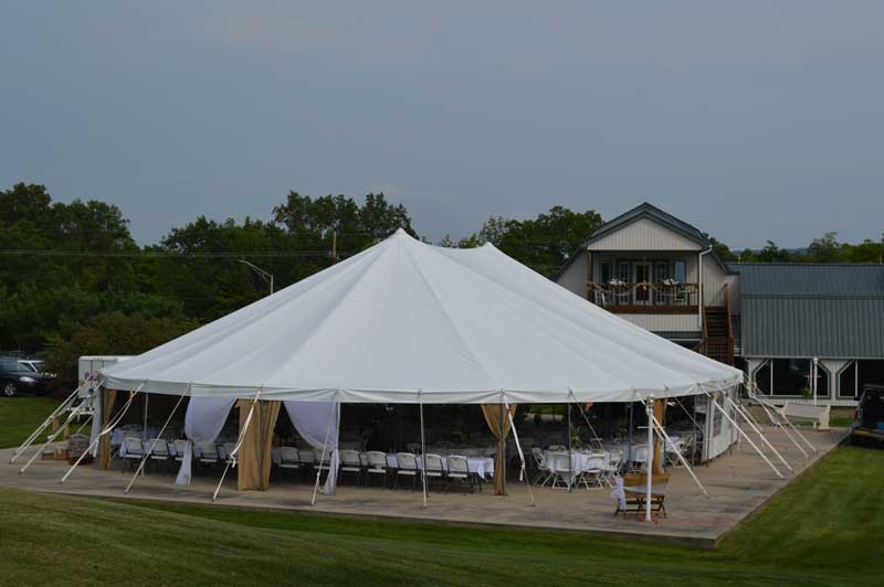 Large Wedding Tent at Woodlynn Hills